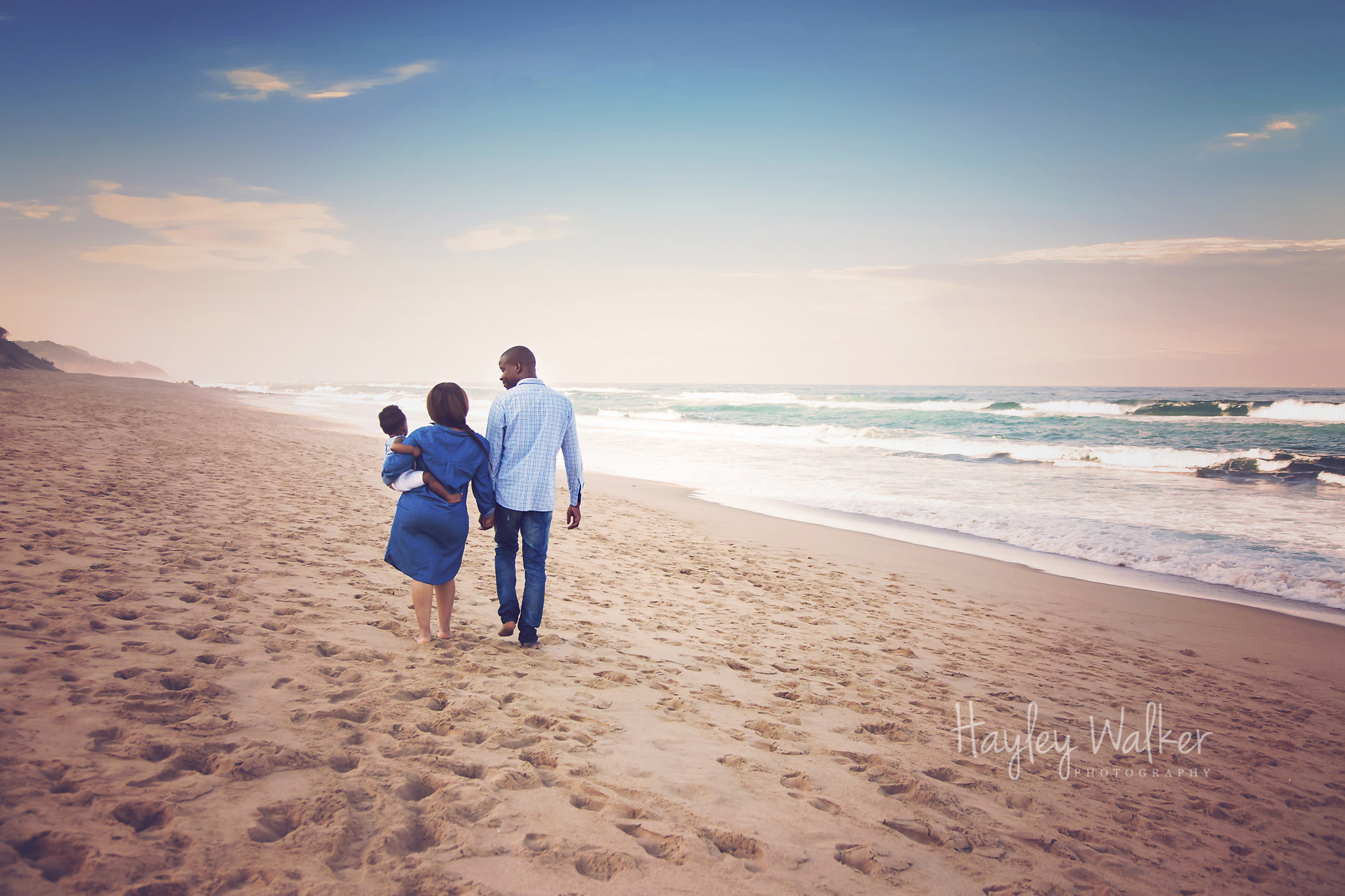 005-hayley-walker-photography-hillcrest-durban-photographer-family-photoshoot-beach-cakesmash